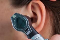 HUMMING-NOISE-EARor-TINNITUS